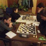 Izgalmas csaták a sakktáblákon