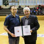 Újabb elismerés érte a komlói kosárlabdás családot