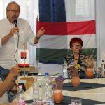 A DK-s Niedermüller Péter tartott lakossági fórumot Komlón