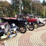 Matuzsálemkorú autó- és motorcsodák vonultak fel Komlón